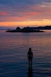 Abel-Tasman;Abel-Tasman-N.P.;Abel-Tasman-National-Park;Abel-Tasman-NP;beach;beaches;coast;coastal;coastline;coastlines;coasts;dusk;evening;girl;girls;hot;Mosquito-Bay;N.Z.;national-park;national-parks;Nelson-Region;New-Zealand;night;night_time;nightfall;NZ;ocean;oceans;orange;pink;S.I.;sea;seas;shore;shoreline;shorelines;shores;silhouette;silhouettes;South-Is;South-Island;Sth-Is;summer;sunset;sunsets;Tasman-Bay;Tasman-District;teenager;teenagers;twilight;water