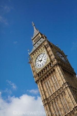 Big-Ben;Britain;building;buildings;City-of-Westminster;clock-tower;clock-towers;clocks;diagonal;England;Europe;G.B.;GB;Great-Britain;Great-Clock-of-Westminster;heritage;historic;historic-building;historic-buildings;historical;historical-building;historical-buildings;history;House-of-Commons.;House-of-Lords;Houses-of-Parliament;icon;iconic;icons;landmark;landmarks;London;old;Palace-of-Westminster;Parliament-House;Parliament-Houses;tradition;traditional;U.K.;UK;United-Kingdom;Westminster-Palace